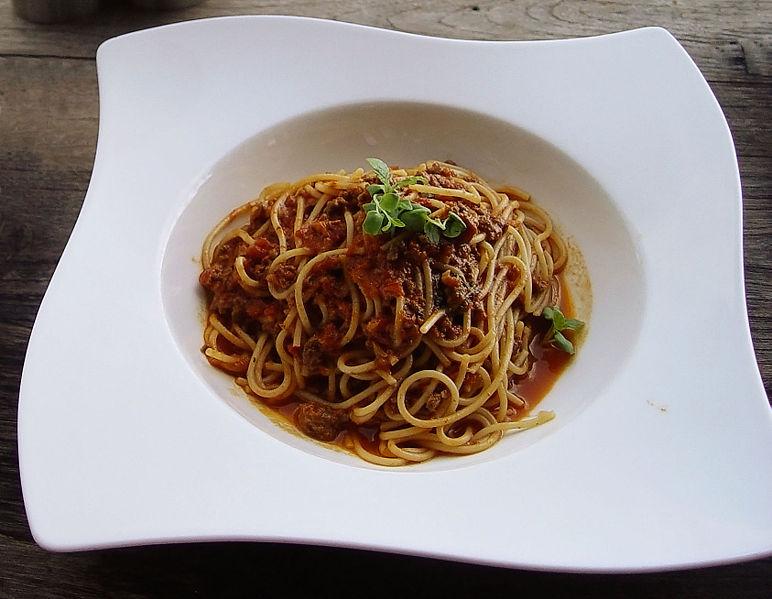 spaghetti alla bolognese spaghetti alla bolognese spaghetti bolognese ...